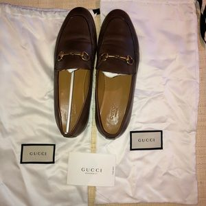 Classic Gucci Brown Loafers - like New